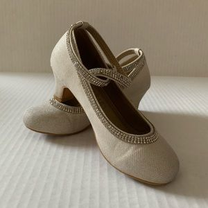 Shoes - Girl's White Woven Ankle Buckle Dressy Shoe